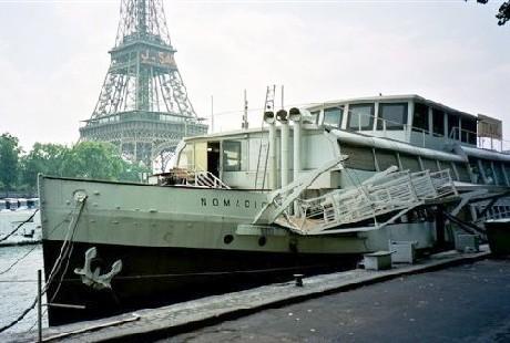 Le Nomadic se verrait bien en salon de réceptions sur la Seine, face à la Tour Eiffel...