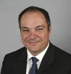 Accor : S. Valentin nommé directeur de la communication financière