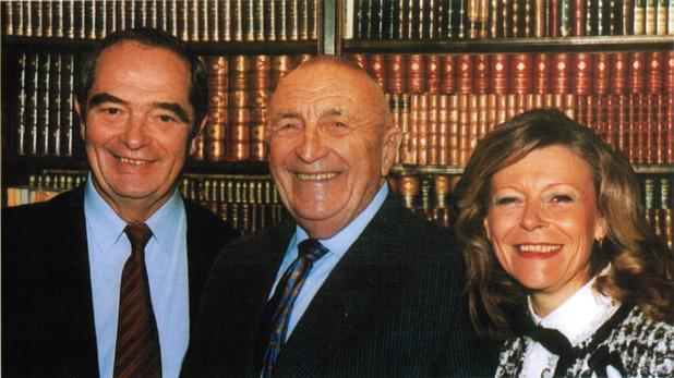 Au temps des jours heureux... Phi lippe Polderman fondateur de FRAM (décédé en 2006) entouré par Georges Colson et Marie-Christine Chaubet.