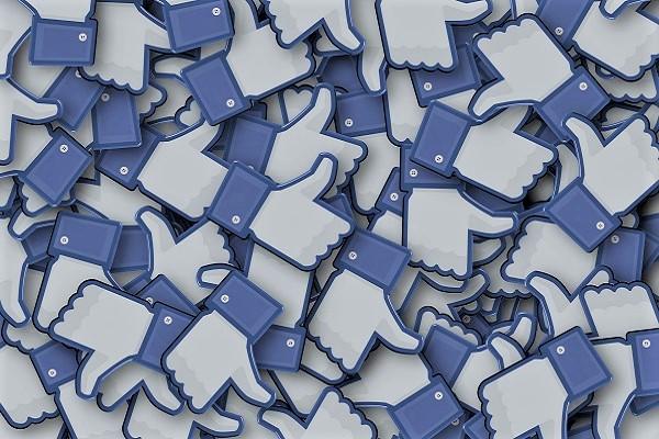 Facebook, la publicité sur ses vidéos arrive - Crédit photo : pixabay, libre pour usage comercial
