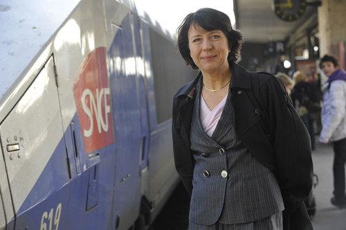 Barbara Dalibard, directrice générale de SNCF Voyages, l'ex direction Grandes Lignes, a présenté la Box TGV à 320 kmh, lors d'un trajet Paris-Nancy