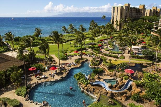 Honua Kai Resort & Spa's à Hawaii propose des studios, des suites à une, deux ou trois chambres, un service complet de concierge, le restaurant Ho'ola Spa et le restaurant Duke. - DR