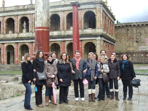 Le TO avait invité une quinzaine d'agents de voyages de toute la France, ici sur le plateau de tournage de la série Rome à la Cinecittà - DR : C.Ex. - TourMag.com