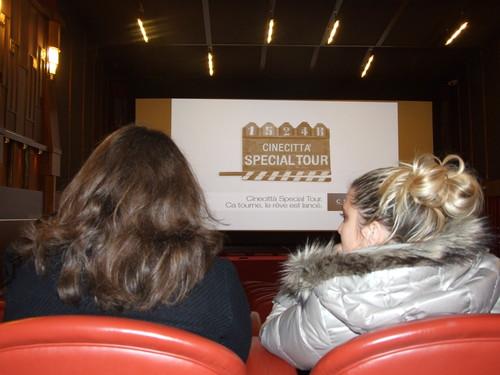 La visite de la Cinecittà débute par le visionnage de petits films - DR : C.Ex. - TourMag.com