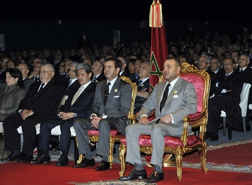 Yassir Znagui, le jeune ministre du tourisme a planché devant le roi Mohammed VI et un parterre de 2000 invités du monde entier. /Crédit Azzouz