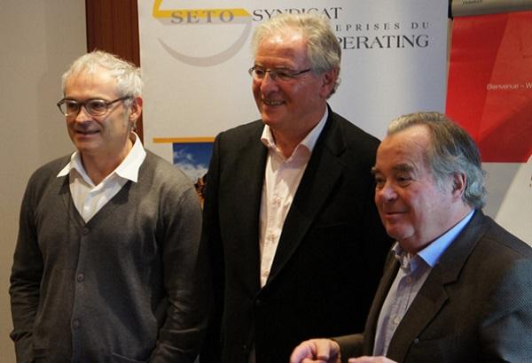 René-Marc Chikli, entouré de ses deux vice-présidents : Jean-François Rial et Jean-Paul Chantraine, lors d'un forum du SETO à Deauville - DR : C.E.
