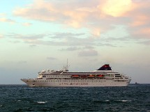 Star Cruises arrive en Europe