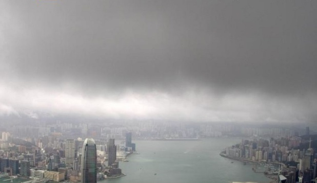 Le typhon Mangkhut balaie Hong-Kong et s'enfonce en Chine