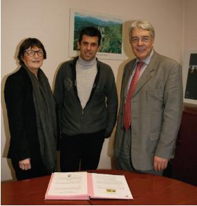 Jacqueline Roux, Georges Almeida (PDT de l'association des Auberges de Pays d'Auvergne) et André Marcon