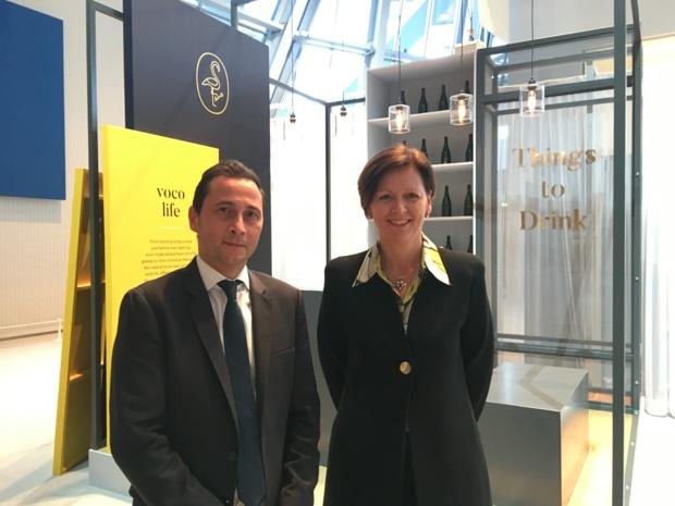 Eric Viale, directeur général pour l'Europe du Sud et Karin Sheppard, directrice générale d'IHG pour l'Europe. - CL