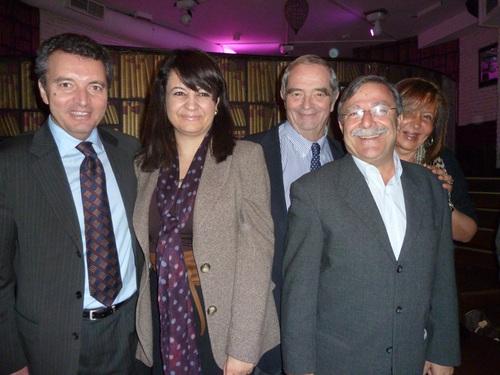 Autour de G. Colson président du Conseil de Surveillance de Fram et président du Conseil de Surveillance de Fram, Amel Hachani directrice de l'OT de Tunisie, Nahed Rizk directrice de l'OT d'Egypte (un peu cachée) et Ali Miaoui DG Tunisair