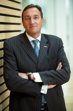Eric De Neef nommé Senior Vice Président Park Inn