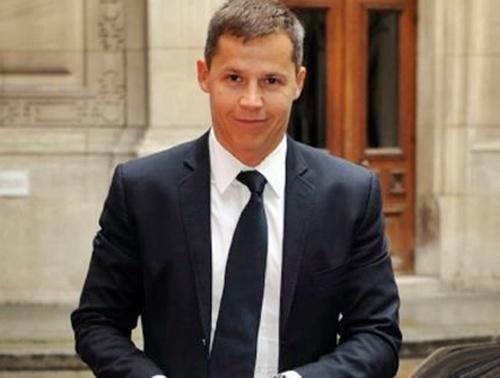 ''Deux à trois semaines c'est un minimum une fois que je serai sur place et que j'aurai rencontré les autorités tunisiennes. Je ne peux pas arriver et faire immédiatement des recommandations. Il en va de ma crédibilité...''