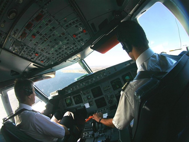 Ca tangue chez Air France et le SNPL ne lache pas... Et menace à nouveau de faire grève - crédit photo : Olivier Cleynen | Wikicommons