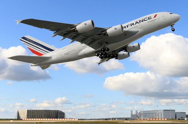 Le vol Air France entre Paris-Saigon interdit de survoler la Russie, l'avion rentre à Roissy - Crédit photo : Michael Lindner
