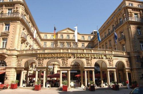 l'hôtel Steigenberger Frankfurter Hof, fleuron du groupe a bénéficié d'un investissement de 20 millions d'euros pour sa rénovation.