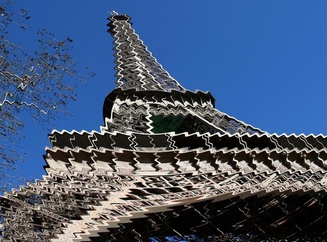 Du coté des destinations, près de 70% des personnes interrogées comptent rester en France, contre 30% qui partiraient à l'étranger. Un ratio qui reste stable.