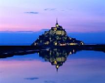 Bon an mal an, la France accueille 75 millions de visiteurs ce qui la place bien au premier rang mondial, devant l'Espagne, les Etats-Unis et la Chine.