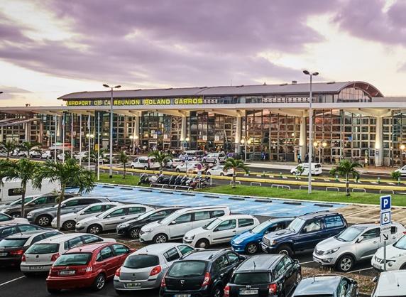 L'Aéroport de Roland Garros à La Réunion sera fermé à 16h (heure locale) - photo Aéroport Roland Garros