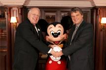 K. Holz – PDG d'Euro Disney – et E. Pokrovsky – Pdt de Hertz France