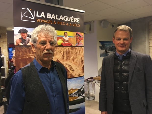 Vincent Fonvieille, fondateur et dirigeant de La Balaguère et Guillaume Legaut, directeur général de l'UCPA, dans les locaux de leur agence commune rue des Halles à Paris, le 5 décembre 2018. - CL