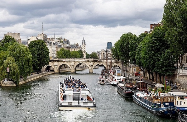 La Mairie de Paris, l'EPEC et Pôle Emploi ont organisé la « Semaine de l'emploi dans le tourisme », du 3 au 6 décembre 2018. - DR Mairie de Paris