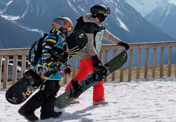 UCPA s'inquiète du recul de la pratique du ski chez les jeunes générations - Crédit photo : UCPA