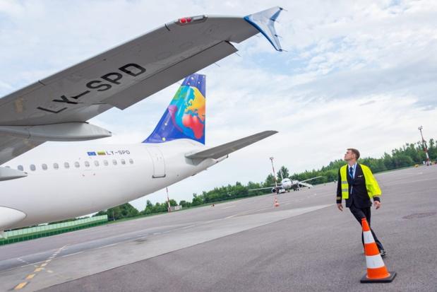 Après les déroutes de ses filiales allemandes et polonaises, la maison-mère de Small Planet Airlines, compagnie très utilisée par les tour-opérateurs français, a déposé le bilan © Small Planet Airlines FB