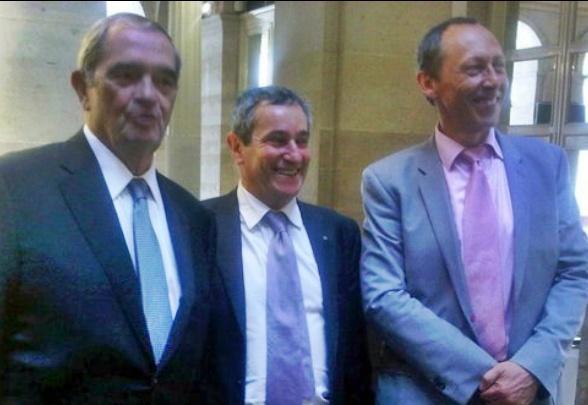 Georges Colson (à gauche) a été réélu ce matin Président du SNAV. Christian Coulaud (à droite) a été élu Vice-Président. Bernard Garcia (au centre) devient le Trésorier du SNAV.