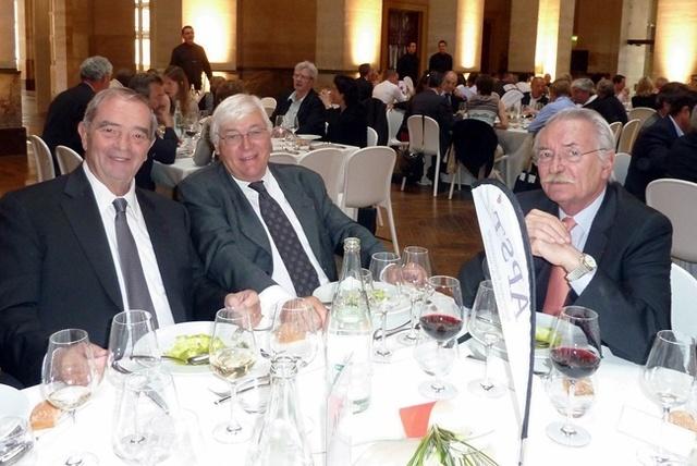 Ce mercredi lors du déjeuner qui réunissait les participants des AG du SNAV et de l'APS, un Georges Colson réélu à la présidence du SNAV avec, à ses côtés, Philippe Demonchy et Bernard Didelot, président d'honneur de l'APST