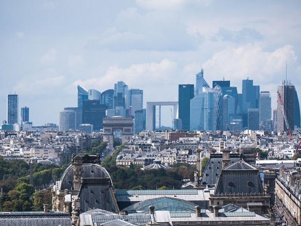 Le quartier de la Défense vu de la Tour Saint-Jacques, Paris août 2014 - Crédit : CC BY-SA 2.0
