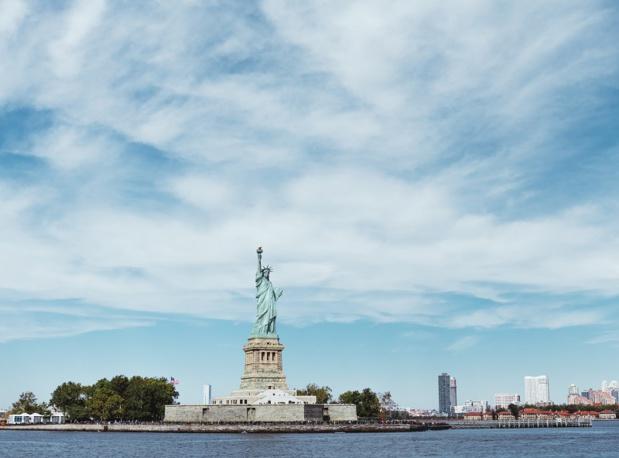 Malgré le Shutdown, la Statue de la Liberté reste ouverte à New York - Depositphotos - IgorVetushko
