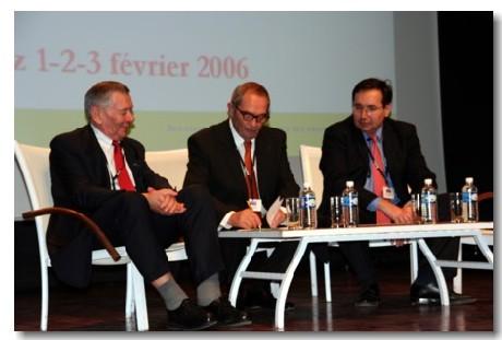DE gche à dte : Raymond Massip, président de la FNLAF, Georges Colson, président du Snav, et Jean-Pierre Serra, président de la FNCDT