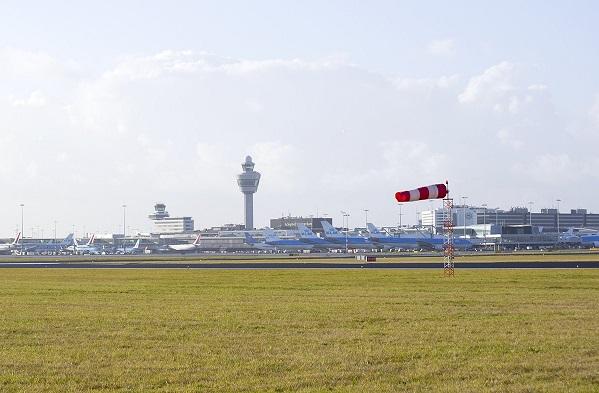 Aéroport Amsterdam, KLM annule 159 vols en raison d'une tempête - Crédit photo : compte Twitter @Schiphol