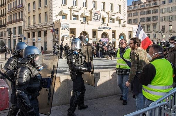 Gilets Jaunes, le gouvernement prolonge de 3 mois les aides pour les commerçants - Crédit photo : RP