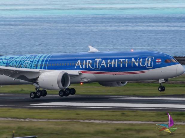 Le nouveau Tahitian Dreamliner, touchant pour la première fois le sol du Fenua, jeudi 17 janvier 2019 - DR : Christopher Liau- PYF Spotters