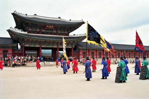 Kimchi Koré prépare l'Exposition International 2012 de Yeosu en Corée