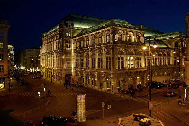 ''Le forfait minimum comprend 2 nuits d'hôtel et une place d'opéra ou de concert. Nous travaillons avec des hôtels qui se situent toujours en centre-ville, à proximité de l'opéra'' - DR : Jan Dirk Neumann