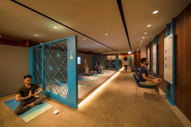Cathay Pacific ouvre un espace dédié au yoga au Lounge The Pier Business Class à Hong Kong - DR