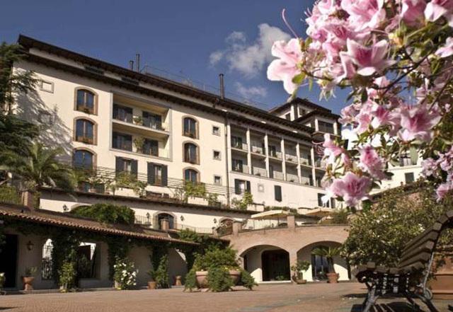 L'hôtel Renaissance Toscane Il Ciocco Resort and Spa, à Barga en Italie - DR