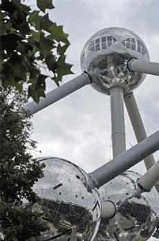 Copyright asbl Atomium, photo by Marie-Françoise Plissart et/ou Luc Toulouse