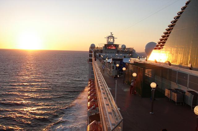Le port deToulon a enregistré une croissance de 125% du volume des passagers de croisières en 2010 - DR