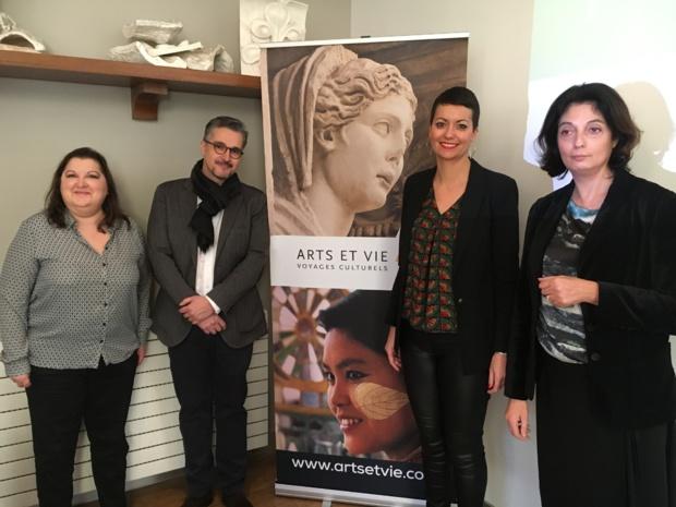 Valérie Dabe, en charge de la production Escapade, Delphine Camara, directrice adjointe et Marie-Hélène Rodriguez, directrice de la production - DR : C.L.