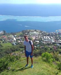 Arnaud Levet lors de son voyage en Polynésie - DR AL
