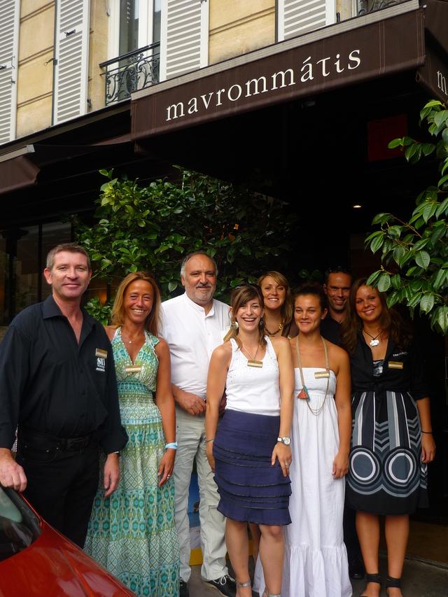 L'équipe de STI Voyage et celle de l'office de tourisme