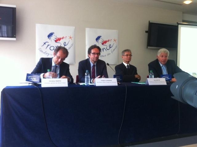 Le Ministère du Tourisme, Atout France, la FNOTSI et Ski France – ANMSM, se déclaraient optimistes pour les performances touristiques 2011 du pays.