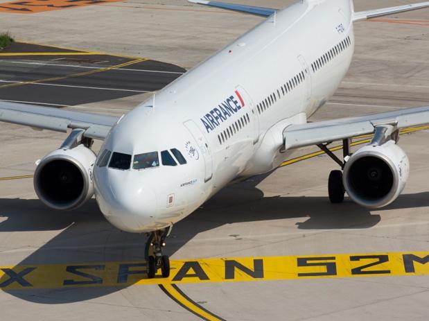 Déjà qu'un Etat au capital d'une compagnie privée ce n'était pas franchement la panacée, imaginez deux Etats, nationaux bien qu'Européens, s'immiscer dans le transport aérien. On rêve ! DR : Air France