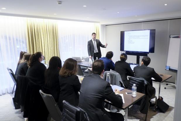 Le programme est réparti en 14 blocs de 3 jours sur un an et s'adresse à des hôteliers en poste - DR Luxury Hotelschool Paris