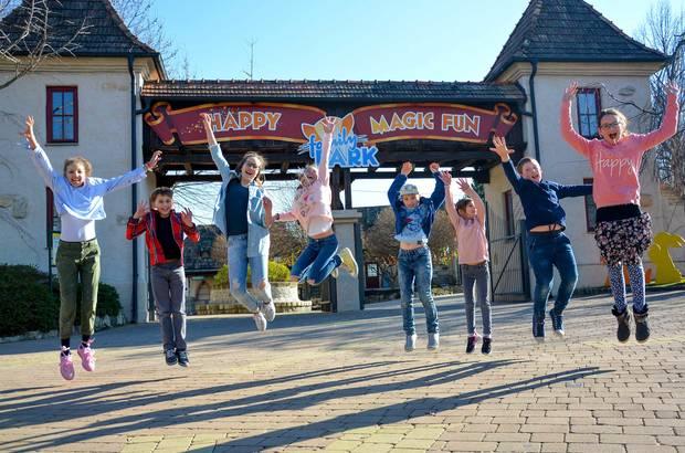 Situé dans la région touristique du lac de Neusiedl à moins d'une heure du centre de Vienne, le parc de loisirs est facilement accessible depuis la Hongrie et la Slovaquie. - Photo FamilyPark