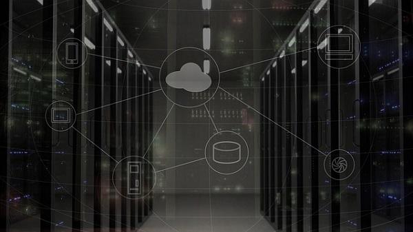 Pour éviter les surcharges de ses serveurs Amadeus migre sur le Cloud - Crédit photo : Pixabay, libre pour usage commercial